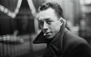 Camus contre Kamis, contre Larbi