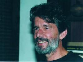 Tomás González