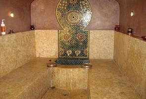 Les Folles Histoires de Ahlem B. (2) Le Hammam