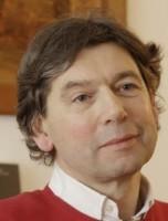 Six questions à Gérard Pfister, éditeur