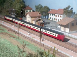 Trans-Européen-Express (par Henri Cachau)